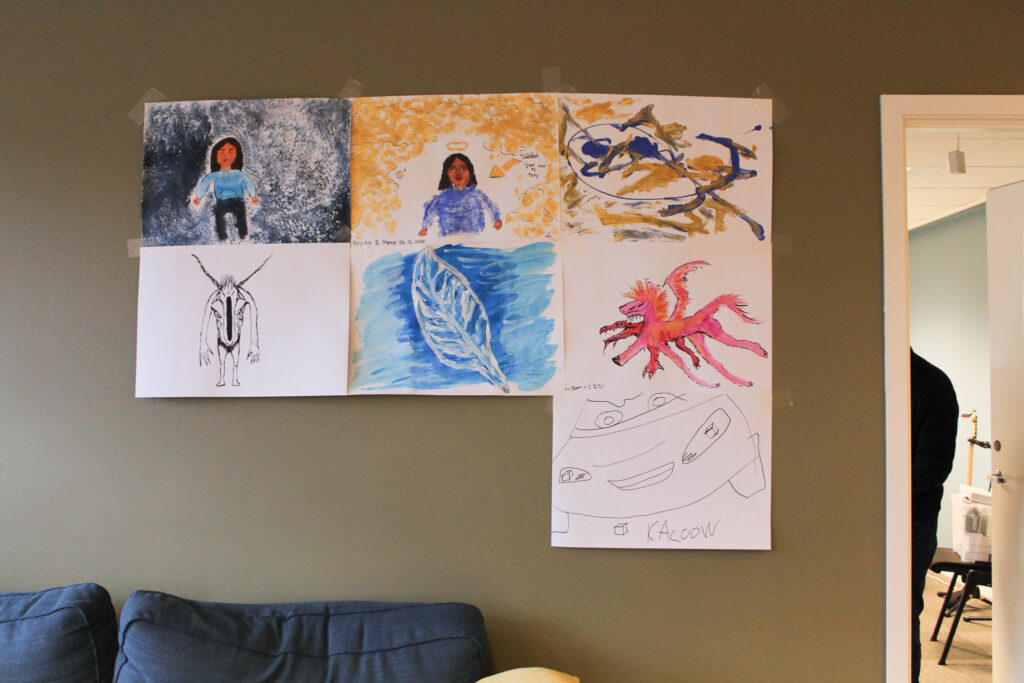 paintings (image)